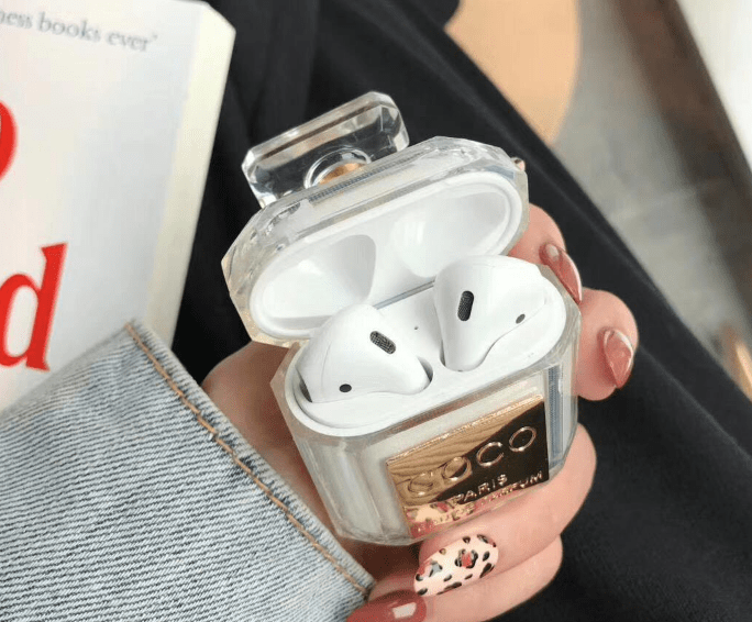 funda airpod de coco chanel